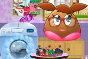 Pou Girl Washing Clothes